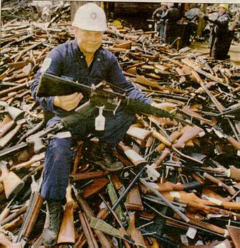 1357451908-7639-guns-1018.jpg