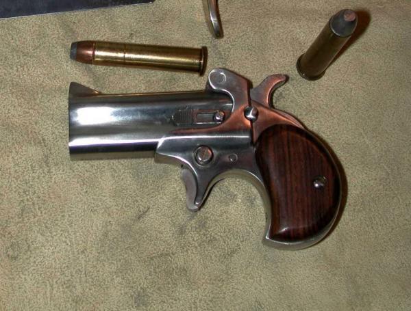 45-70american-derringer-model-1-925.jpg