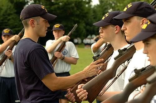photo-cadet-life-21-uscga-garands-1302.jpg